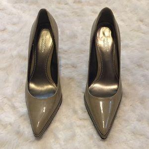 Pointy heels, size 8.5